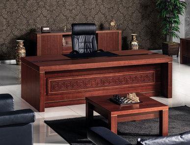 Стол для руководителей Maklora фабрики FLEKSSIT