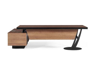 Стол для руководителей Epsilon фабрики FLEKSSIT