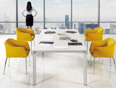 Стол для переговоров Uras фабрики FLEKSSIT
