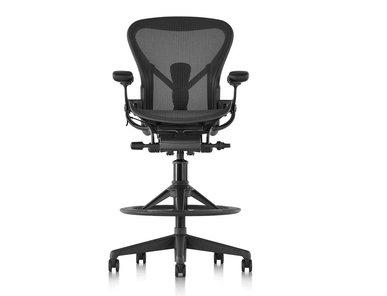 Кресло AERON фабрики Herman Miller