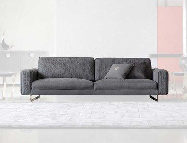 Итальянское диван на металлических ножках CHARISMA фабрики GIORGIO COLLECTION