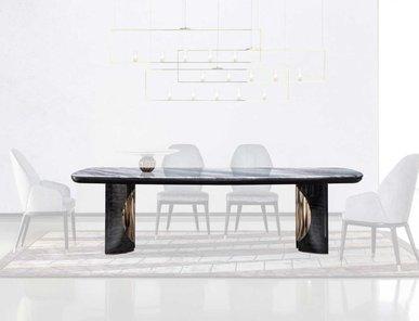 Итальянский прямоугольный стол CHARISMA фабрики GIORGIO COLLECTION