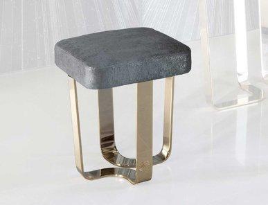 Итальянский пуф для туалетного столика CHARISMA фабрики GIORGIO COLLECTION