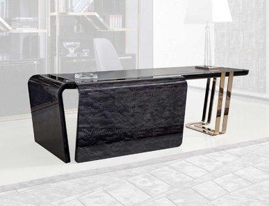 Итальянский стол письменный CHARISMA фабрики GIORGIO COLLECTION