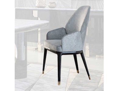 Итальянский стул с подлокотниками CHARISMA фабрики GIORGIO COLLECTION