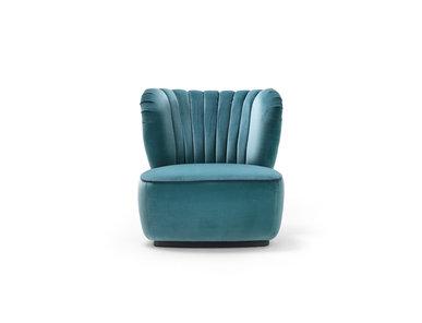 Итальянское кресло Amelia фабрики BLACK TIE