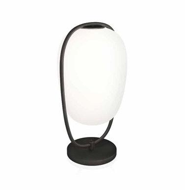 Итальянская настольная лампа LANNA' фабрики KUNDALINI
