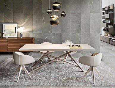 Итальянский стол Shanghai фабрики EMMEBI