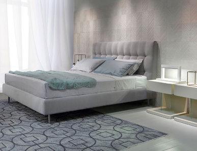 Итальянская кровать Kelly фабрики EMMEBI
