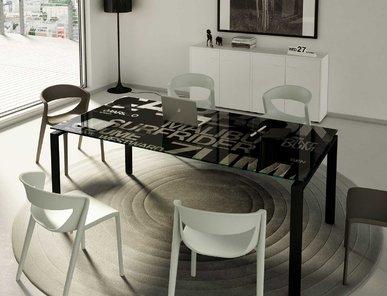 Стол для переговоров Pop фабрики CUF Milano