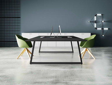 Итальянский стол для переговоров Fusion фабрики CUF Milano