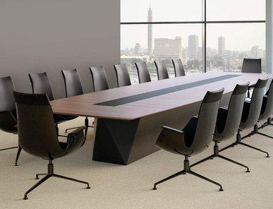 Итальянский стол для переговоров SCALE MEDIA фабрики CUF Milano