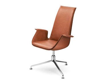 Итальянское кресло FK фабрики CUF Milano