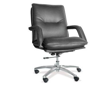 Итальянское кресло ADMIRAL фабрики CUF Milano