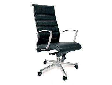 Итальянское кресло MOON фабрики CUF Milano
