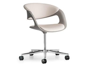 Итальянское кресло LOX фабрики CUF Milano