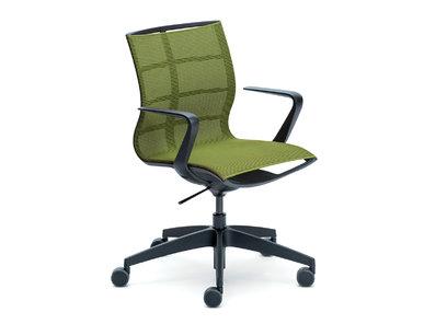 Итальянское кресло SE:JOY фабрики CUF Milano
