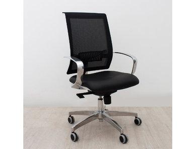 Итальянское кресло JOJO фабрики CUF Milano