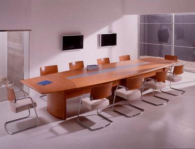 Стол для переговоров Numen фабрики OFIFRAN