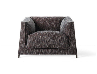 Итальянское кресло DOMINO фабрики RUBELLI CASA