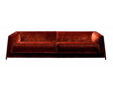 Итальянский 3-х местный диван DOMINO фабрики RUBELLI CASA