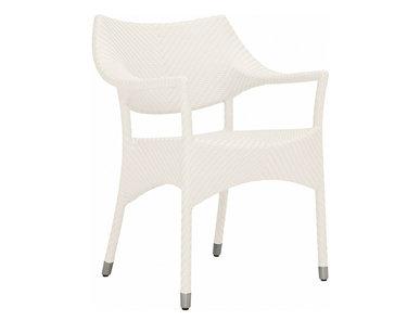 Итальянское кресло AMARI фабрики JANUS ET CIE