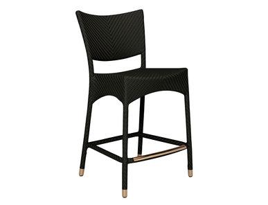 Итальянский барный стул с подлокотниками AMARI RATTAN фабрики JANUS ET CIE
