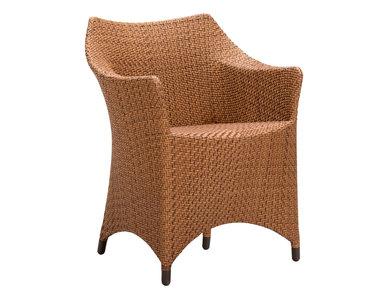 Итальянское кресло AMARI VITA фабрики JANUS ET CIE