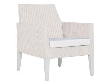 Итальянское кресло CORTINO LOUNGE фабрики JANUS ET CIE