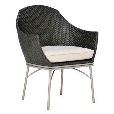 Итальянское кресло GUAVA фабрики JANUS ET CIE