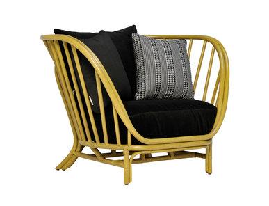 Итальянское кресло KYOTO фабрики JANUS ET CIE