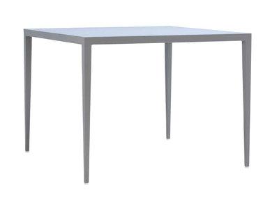 Итальянский квадратный стол SLANT 99 фабрики JANUS ET CIE