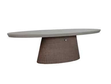 Итальянский овальный стол STRADA 260 фабрики JANUS ET CIE