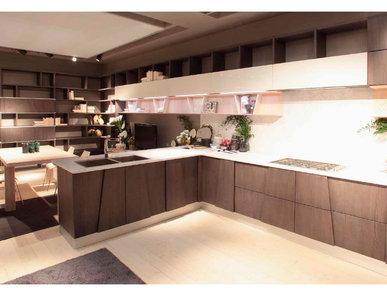 Итальянская кухня TRAPEZIO 02 фабрики GRATAROLA