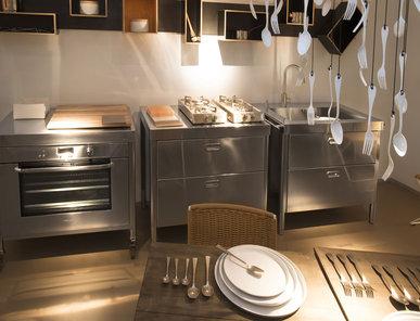Итальянский кухонный гарнитур 100 Combined 04 фабрики ALPES INOX
