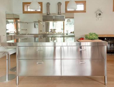 Итальянский кухонный остров 190-220 фабрики ALPES INOX