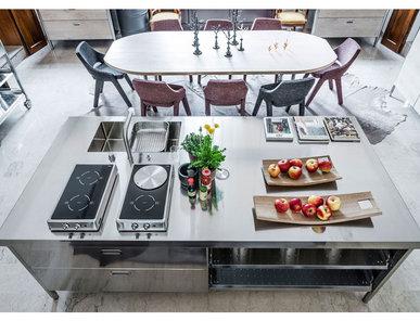 Итальянский кухонный остров 250 03 фабрики ALPES INOX