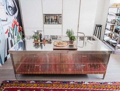 Итальянский кухонный остров 250 04 фабрики ALPES INOX