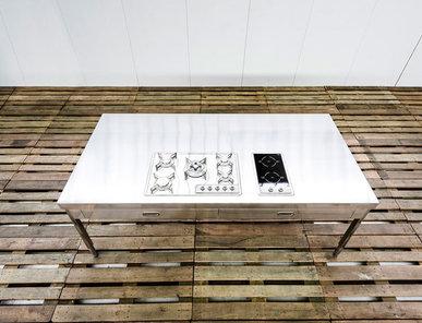 Итальянский кухонный стол 250 фабрики ALPES INOX