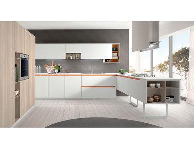 Итальянская кухня LAIN 05 фабрики EUROMOBIL
