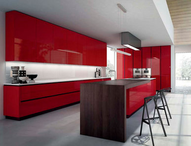 Итальянская кухня Royale Glossy Laminate Red фабрики RASTELLI