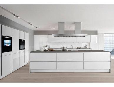 Кухня S2 02 фабрики SieMatic