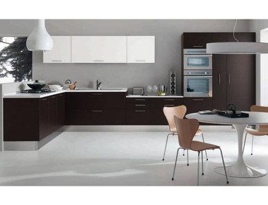 Итальянская кухня EASY 02 фабрики Tre.O Kitchens