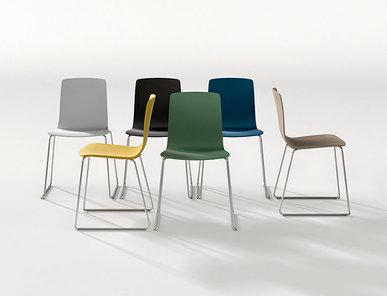 Итальянский стул Aava Sled фабрики ARPER