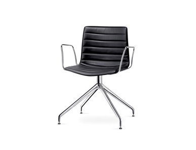 Итальянский стул Catifa 46 Trestle on glides фабрики ARPER