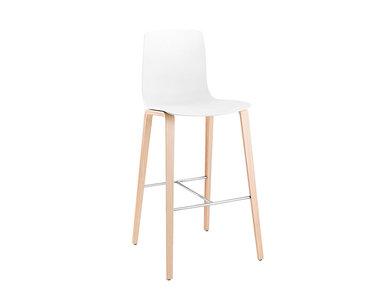 Итальянский барный стул Aava 4 wood legs фабрики ARPER