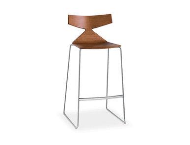 Итальянский барный стул Saya фабрики ARPER