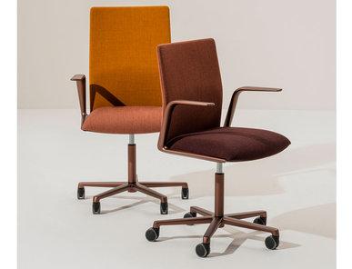 Итальянское кресло Kinesit Met 5 ways фабрики ARPER