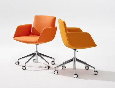 Итальянское кресло Catifa Sensit 5 ways, low backrest фабрики ARPER