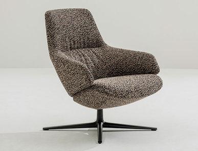 Итальянское кресло Aston Club 4 ways low backrest фабрики ARPER